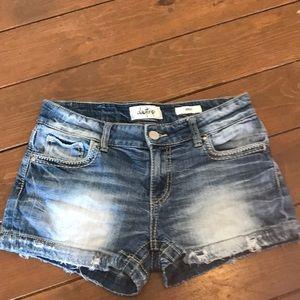 Women's Buckle, daytrip/Virgo denim shorts